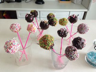 cakepops lovethem colourful
