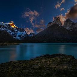 torresdelpaine sunrise travel chile