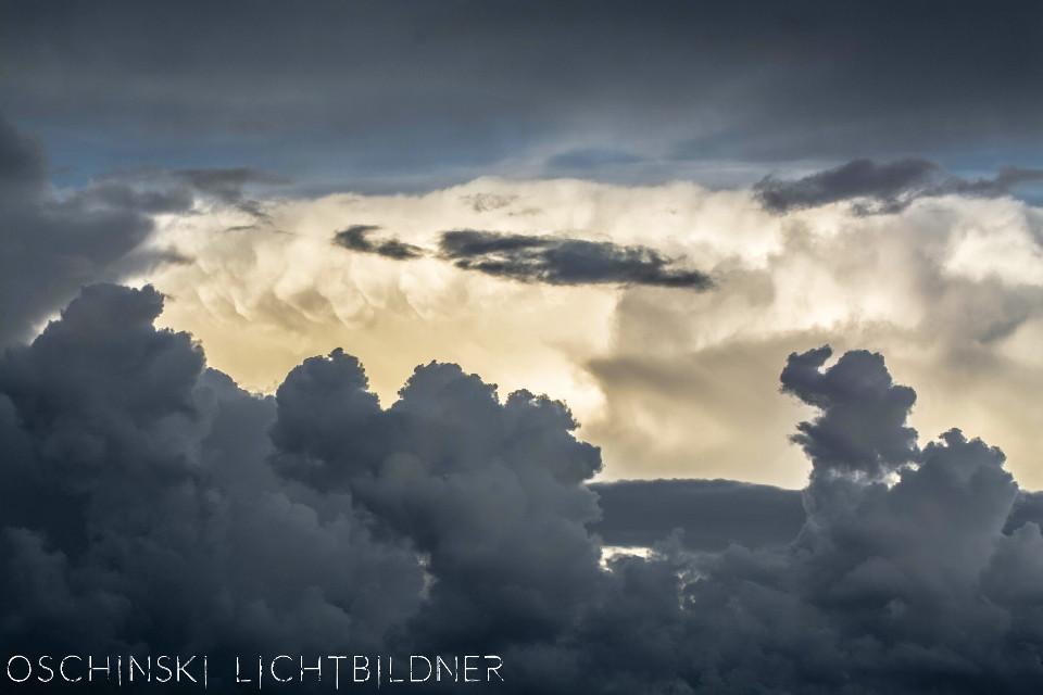 #colorful #nature #photography #freetoedit #summer #Wolken #dramatic #minimalism #clouds