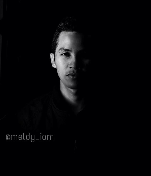Half of light #photography  #splitlight  #blackandwhite