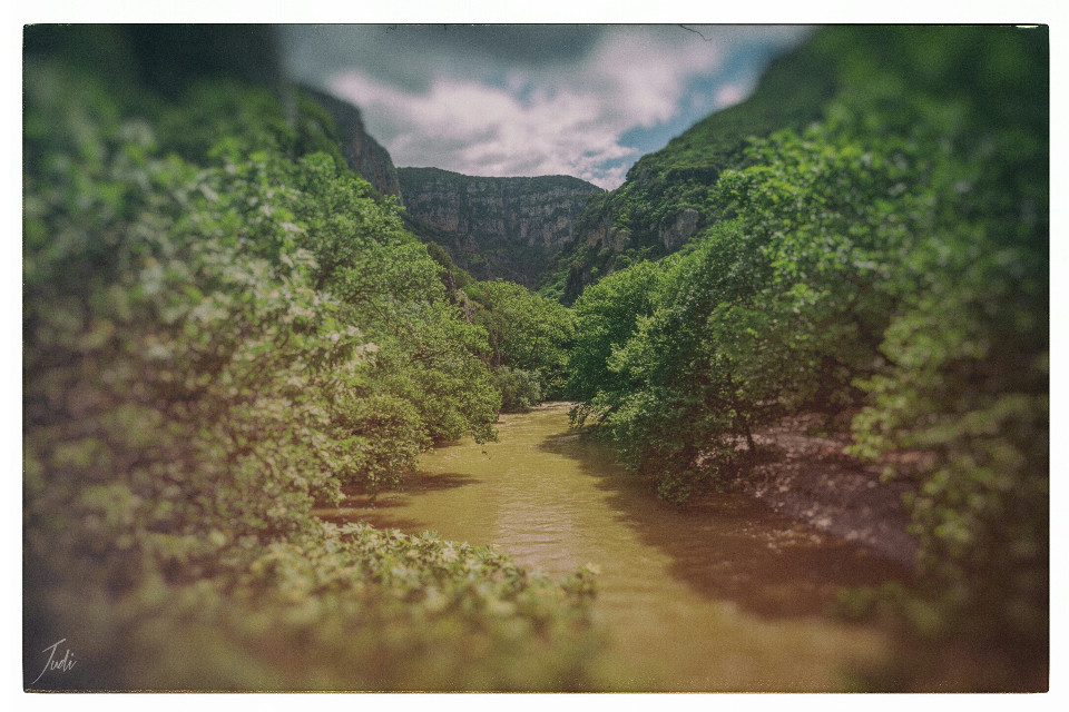 Sorry for my long absence! My job takes most of my time and power at the moment and it's hard to find time for myself and for doing pictures...  This is another edit of voidomatis river in the Epirus Mountains, Greece.    #nature #photography #vintage  #voidomatis  #river  #epirus #mountains #spring