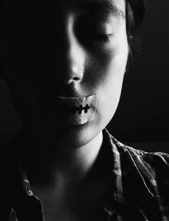 originalphotography blackandwhitephotography portrait lightandshadow silence