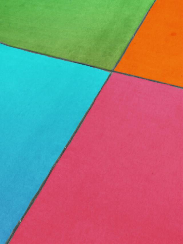 Happy Sunday PicsArt People! 🙋💝 #minimal #geometric #cross #colorful #background #freetoedit