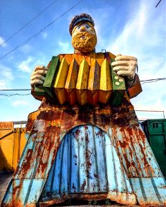 moscow sculpture accordion colorful music