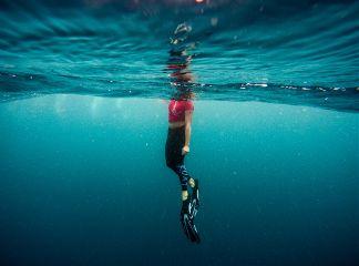 freetoedit underwater human waves water