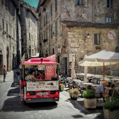 italy umbria gubbio gubbioexpress travel